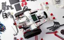Lego Mindstorms EV3: чем отличаются версии конструкторов, комплектация наборов, схемы сборки