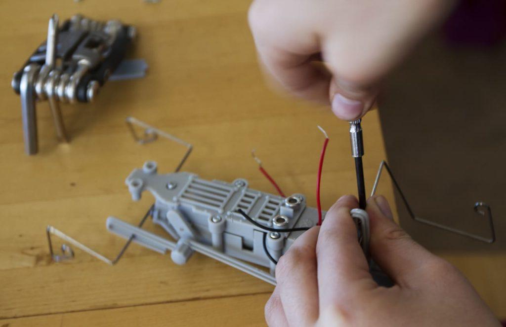 Как сделать робота самостоятельно