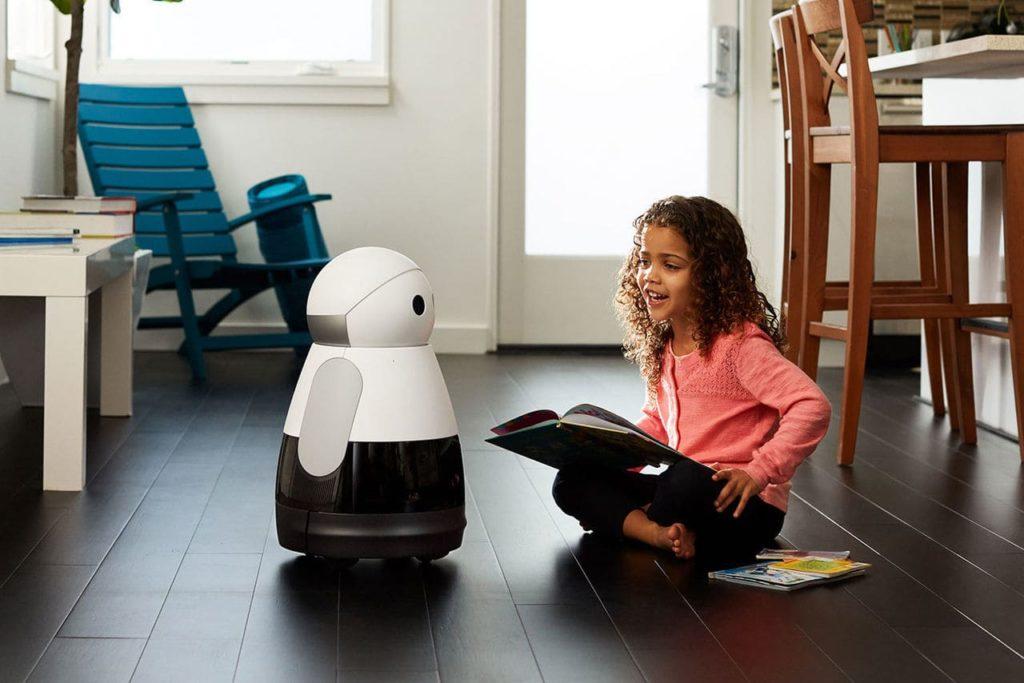 Робот-няня