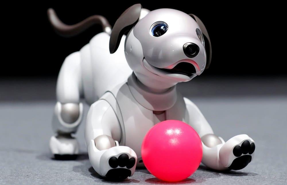 Робот-щенок AIBO