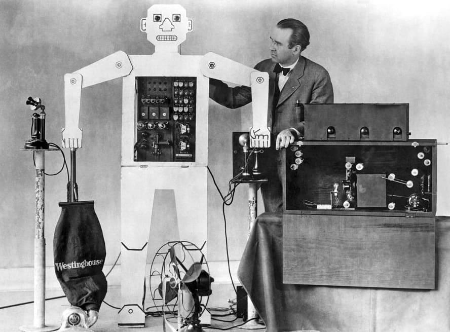 Робот Televox